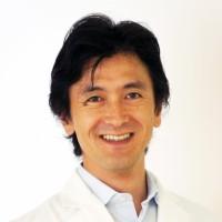 Dr. 有本 博英