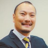 Ken Sirikrai 先生